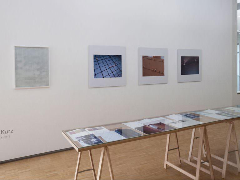 Issues,Fotohof,Fanzines,Fotoarbeiten,Auflagen,Hefte,Tischvitrinen,Film,Network